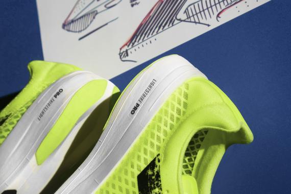 Les nouvelles Adidas Adizero Adios Pro