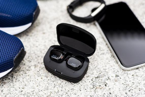 Les écouteurs JVC gamme sport: HA-AE5T et HA-ET45T