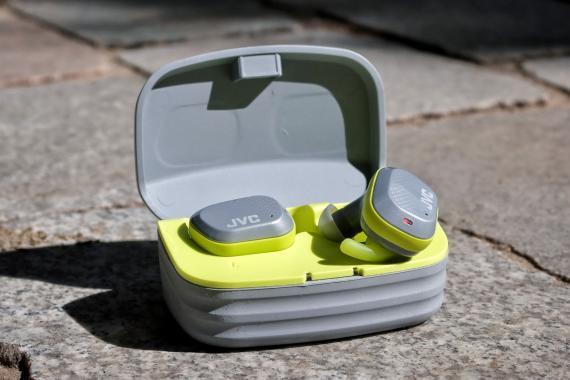 Le test des écouteurs JVC HA-AE5T
