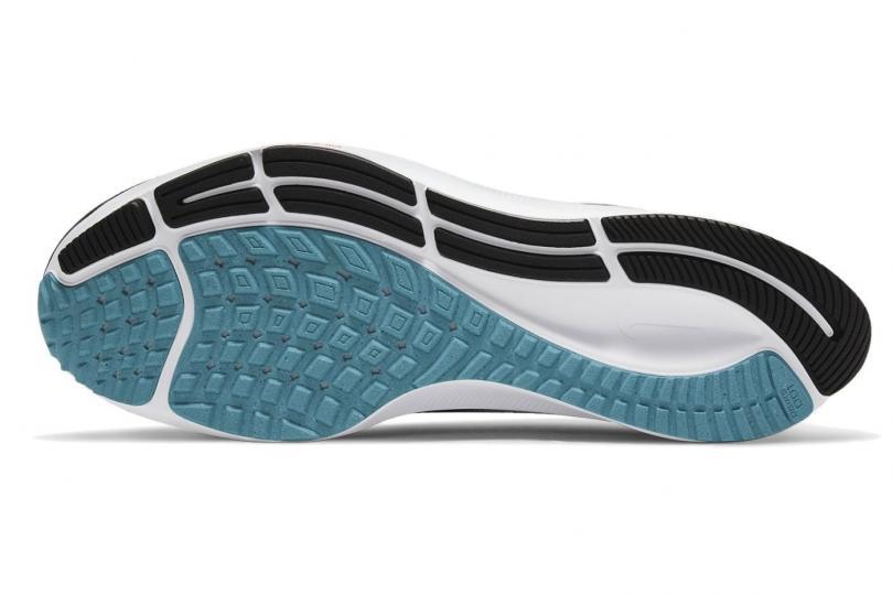 Nike Air Zoom Pegasus 38, la semelle