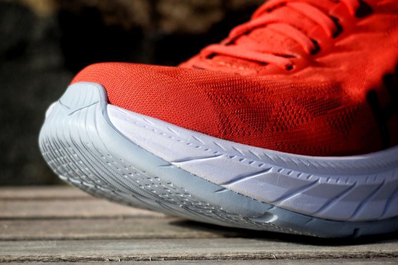 Hoka Carbon X 2, la pointe de la chaussure et zoom sur la semelle